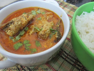 Fish Curry (Flavored with Curd)