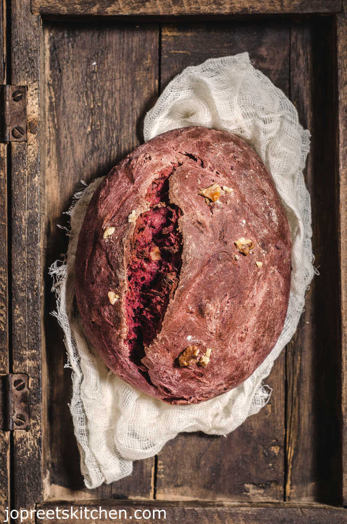 Beetroot & Honey Bread / Beets, Walnut & Whole Wheat Bread