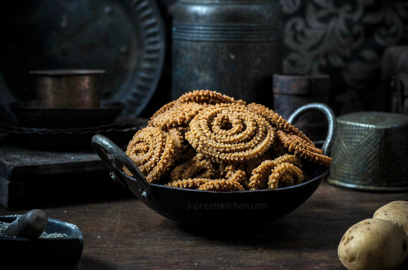 Potato kambu murukku jopreetskitchen for Awesome cuisine authors mallika badrinath