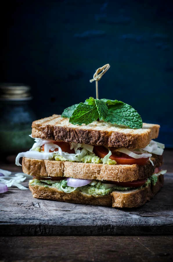 Avocado Sandwich with Vegetables & Paneer