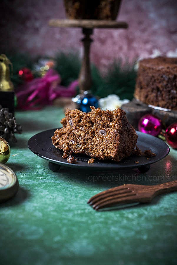 Eggless Christmas Fruit Cake