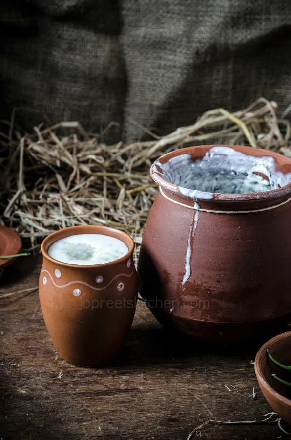 Plain Buttermilk Recipe, How to prepare Mor / Chaas at home