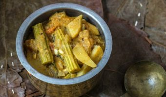 Potato Drumstick Curry | Urulai Kizhangu Kuzhambu